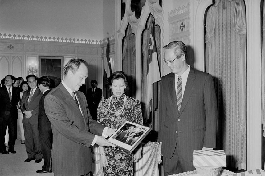 Mr Goh Chok Tong's FTA approach began in the early 1990s, when he worked closely with then-Thai Prime Minister Anand Panyarachun (left) to launch an Asean Free Trade Area in 1992. The two leaders are photographed here in 1991 with Mrs Goh Chok Tong.