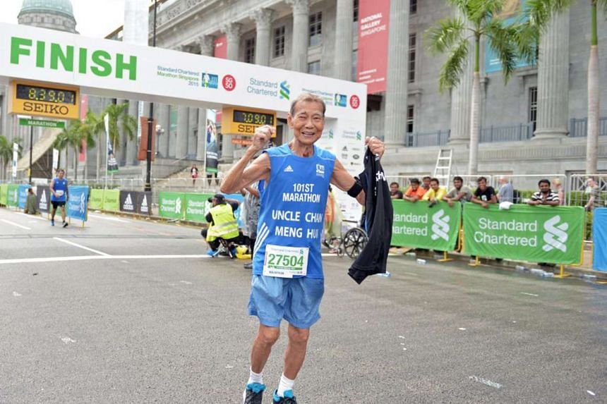 Singapore's oldest marathon runner Chan Meng Hui completed the Standard Chartered Marathon Singapore in 8½ hours on Sunday.