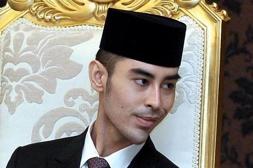A wildlife lover, Tunku Abdul Jalil was the first member of the Johor royal household to serve in the police force.
