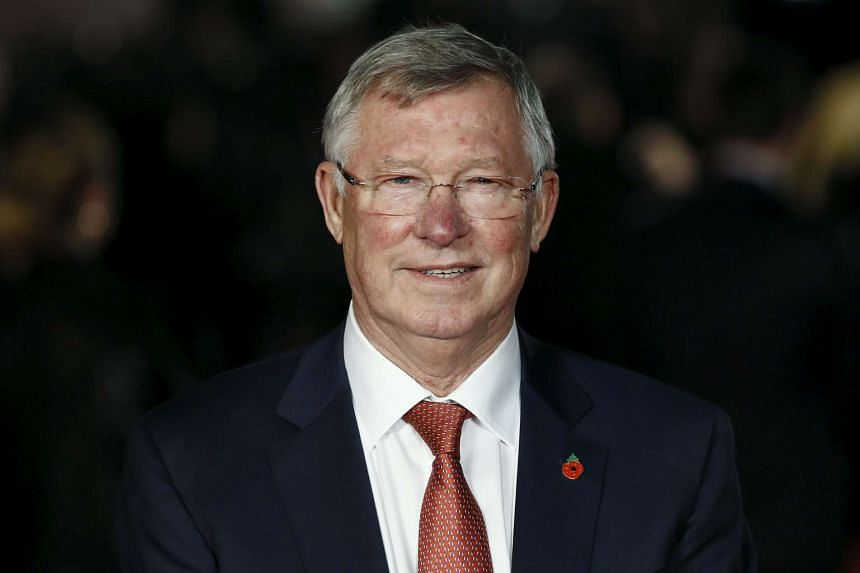 Former Manchester United manager Alex Ferguson said that Leicester City could win the Premier League this season if the club owners back their managers with funds.
