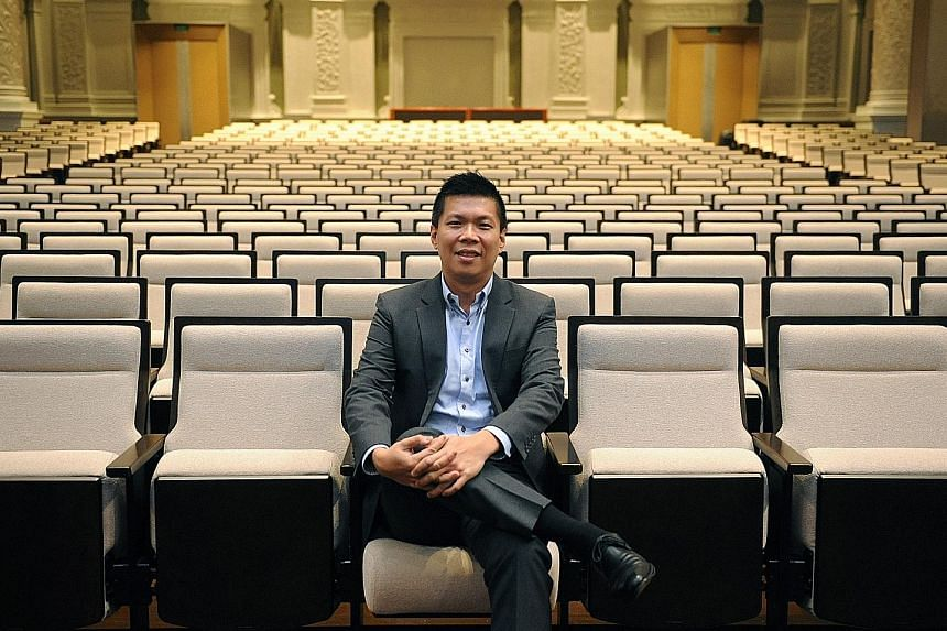 Mr Chng Hak-Peng, the new chief executive officer of the Singapore Symphonia Company Limited, says that touring the orchestra helps to stretch the reputation of the orchestra overseas.