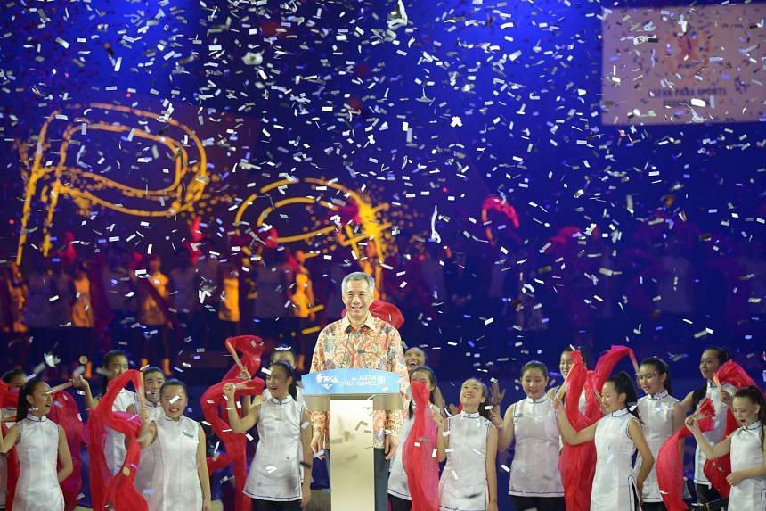 Prime Minister Lee Hsien Loong at the Asean Para Games closing ceremony.