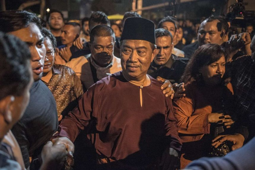 Mr Muhyiddin Yassin (centre), greeting his supporters during a rally on Dec 7, 2015.