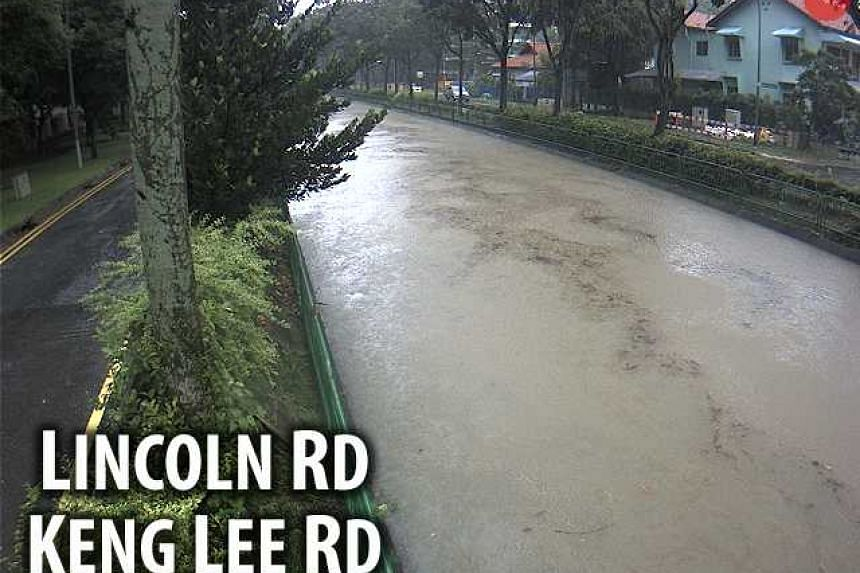 CCTV footage from PUB showing the flood situation at Lincoln Road.
