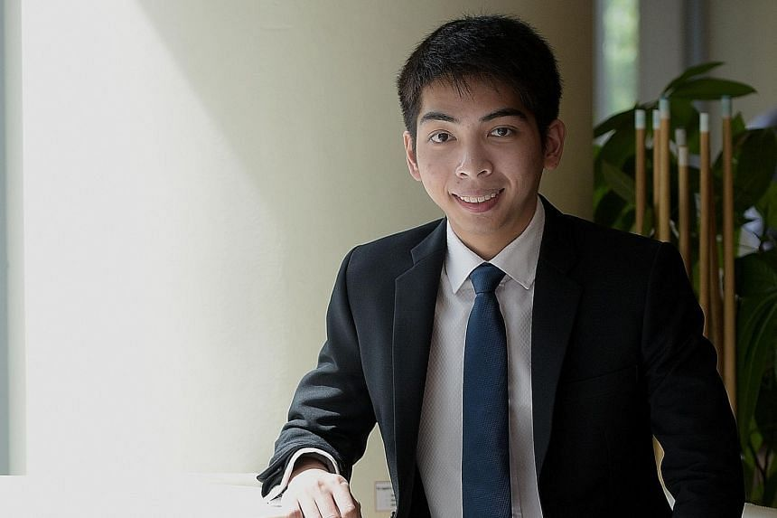 Mr Toh Yi An, 22, a second-year student at Singapore Management University, devotes at least an hour a day to reading news and non-fiction, including books about finance as well as famous investors like Mr Warren Buffett.
