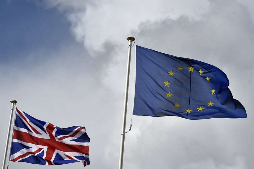 EU leaders will tackle Britain's reform demands and the migration crisis at a summit Thursday (Dec 17).