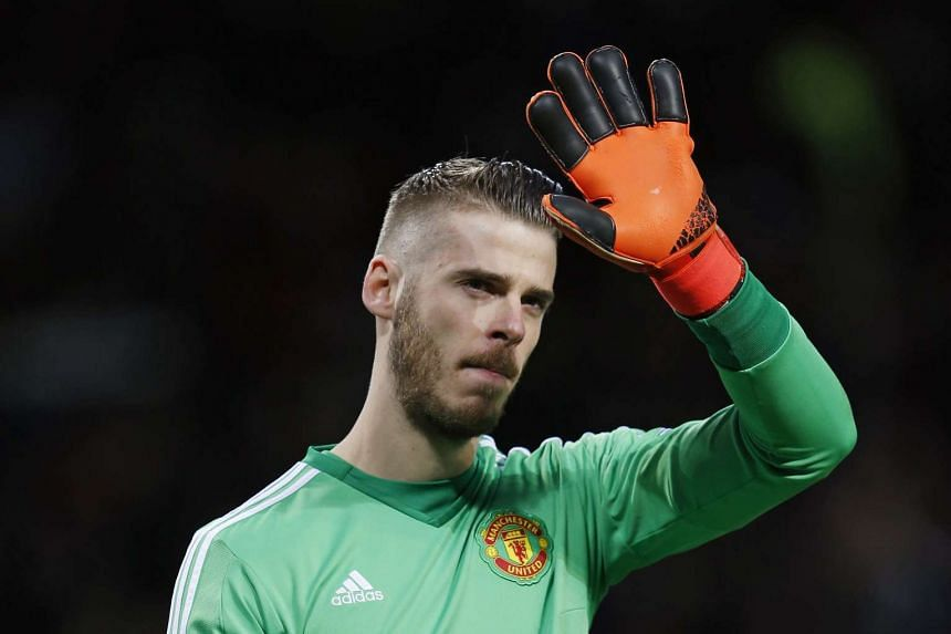 Manchester United goalkeeper David de Gea has dismissed reports of discontent in the dressing room.