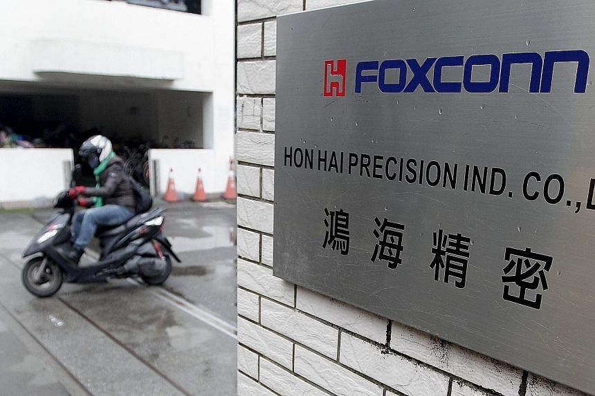 Taiwanese firm Hon Hai Precision Industry's listing of Foxconn Interconnect Technology is planned for the second quarter of next year.