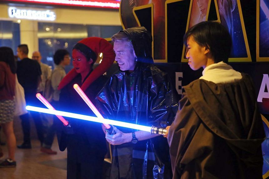 Fans dressed as Star Wars characters at the first public screening of Star Wars: The Force Awakens at Shaw Lido.