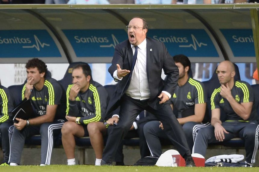 Real Madrid's coach Rafael Benitez shouting from the sideline during the Spanish league football match Celta Vigo v Real Madrid CF on Oct 24, 2015.