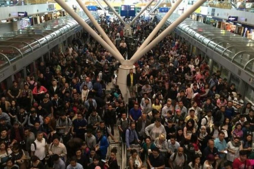 Travellers were left stranded in Kuala Lumpur International Airport after the aerotrain service was halted due to a technical fault on Dec 21, 2015.