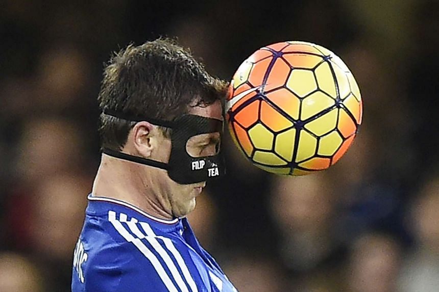 Chelsea Nemanja Matic in action during the English Premier League soccer match between Chelsea and Sunderland at Stamford Bridge in London, Britain, on Dec 19, 2015.