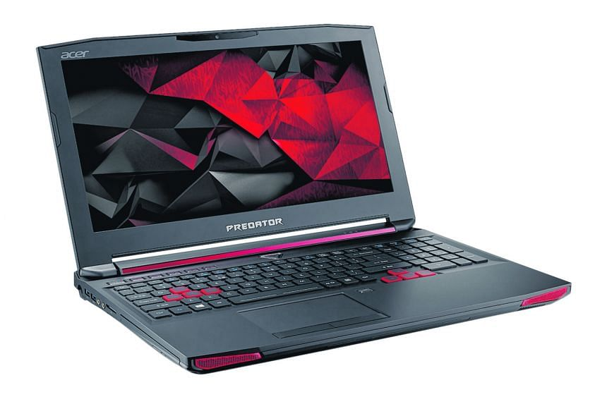 The 15-inch Predator has a thick chassis that allows for a Blu-ray optical drive.