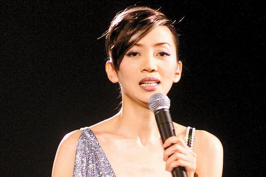 Anita Mui performing in Hong Kong.