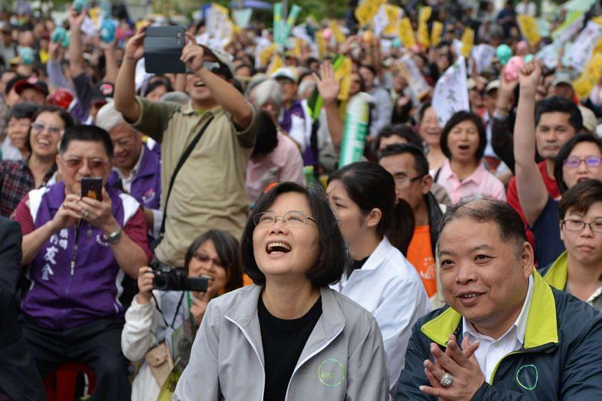 Tsai (centre) attends a campaign fundraiser in Taipei on Dec 20, 2015.