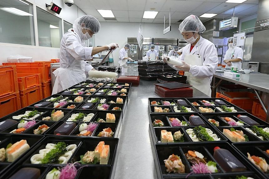 Airline caterer Sats is 2015's best-performing stock on the Straits Times Index, with Sats shares up 27 per cent.