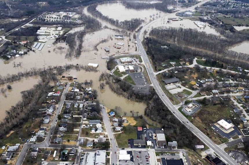 Submerged roads and houses after several days of heavy rain led to flooding in Missouri on Dec 29, 2015.
