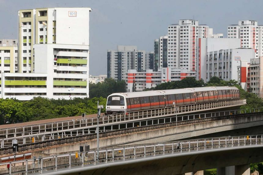 A track fault has occurred near Jurong East MRT station for the second straight morning.