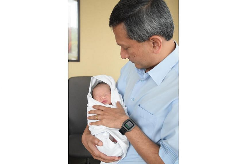 Dr Vivian Balakrishnan with his grandson.