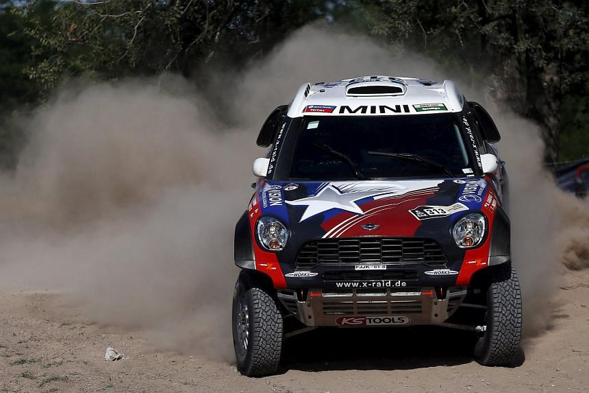 Boris Garafulic of Chile drives his Mini during the Buenos Aires-Rosario prologue stage of the 2016 Dakar Rally in Argentina on Jan 2.