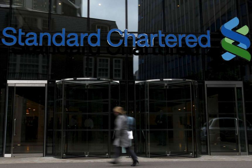 Standard Chartered has been temporarily banned from some foreign-exchange trading in China.