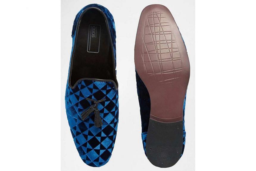 Men's blue diamond velvet loafers.