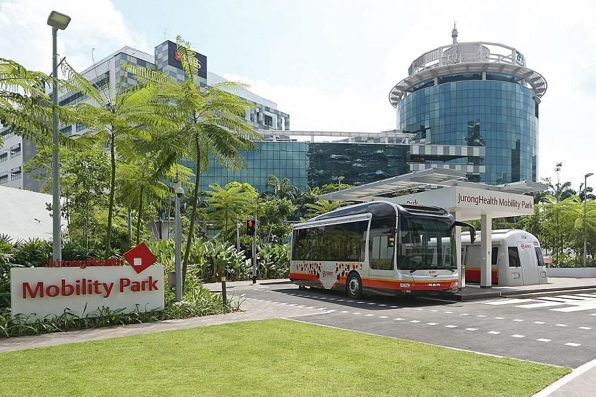 The 953 sq m Mobility Park, situated within Ng Teng Fong General Hospital and Jurong Community Hospital, has a mock-up landscape of walkways, traffic crossing and life-size replicas of a bus, taxi and MRT train cabin to help those with difficulty wal