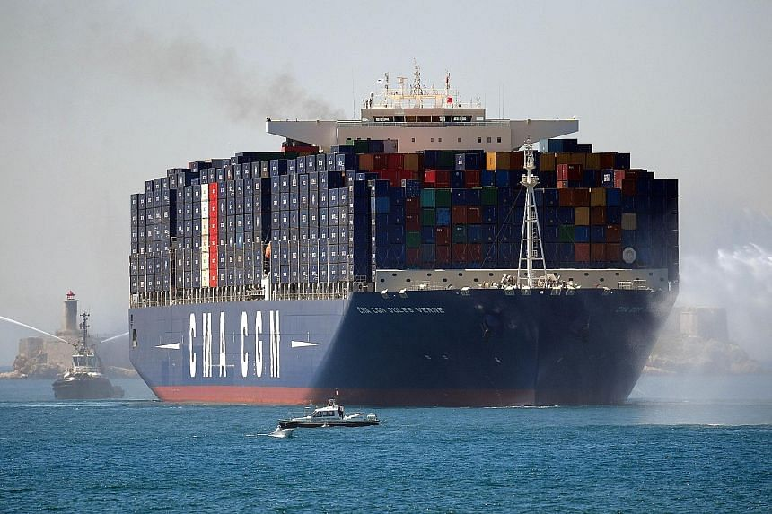 French company CMA CGM,the world's third-largest container shipping group, last month said it was buying Singapore government- owned NOL.