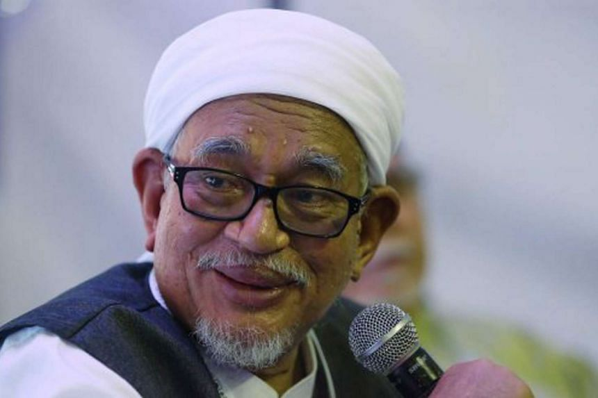 PAS president Datuk Seri Abdul Hadi Awang said that the move is not a threat to his party.