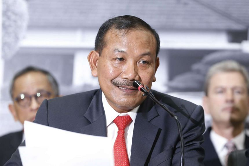 Indonesia police chief Badrodin Haiti talks to reporters after a meeting about counter-terrorism at the Political, Legal, and Security Ministry office in Jakarta in this Dec 21, 2015 photo.