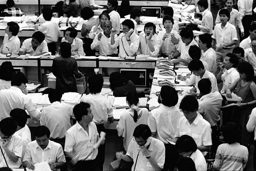 The stock market hit a low of 600 points in March 1986. Singapore encountered its first post-independence recession in 1985 after years of rapid growth.