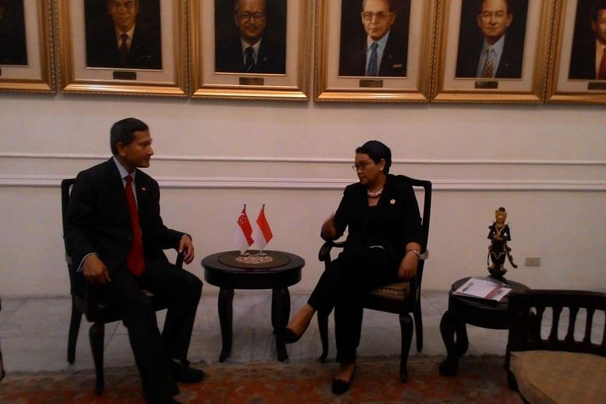 Singapore Foreign Minister Vivian Balakrishnan (left) speaking with Indonesian counterpart Retno Marsudi during his introductory visit to Indonesia on Jan 12, 2016.