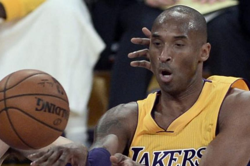 Kobe Bryant limped out of the contest in the second quarter after scoring seven points in 16 minutes.