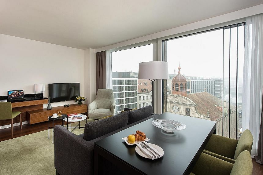 The 67-unit Fraser Suites Geneva is in the city centre, within the shopping and business district of Rue Du Marche.