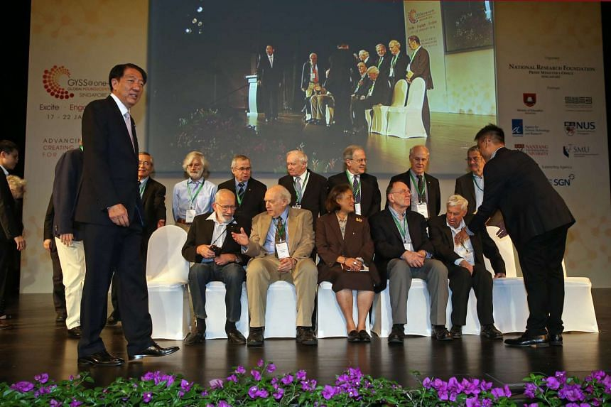 Deputy Prime Minister Teo Chee Hean (left), Her Royal Highness Princess Maha Chakri Sirindhorn (centre), and the speakers of the Fourth Global Young Scientists Summit 2016 at the Singapore University of Technology and Design on Jan 17, 2016.