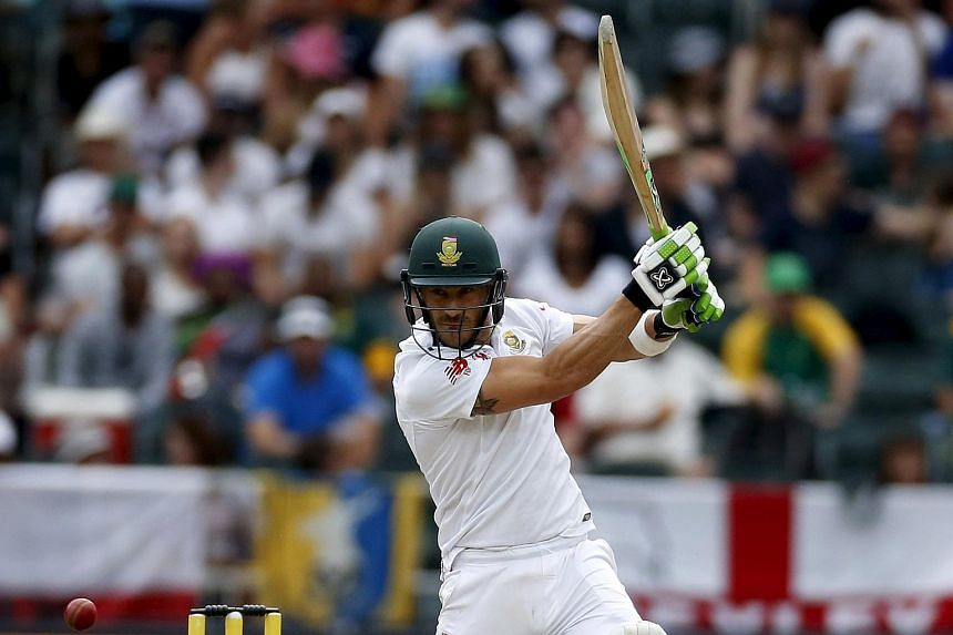 South Africa's Faf du Plessis plays a shot during the third cricket test match against England in Johannesburg, South Africa, on Jan 16, 2016.