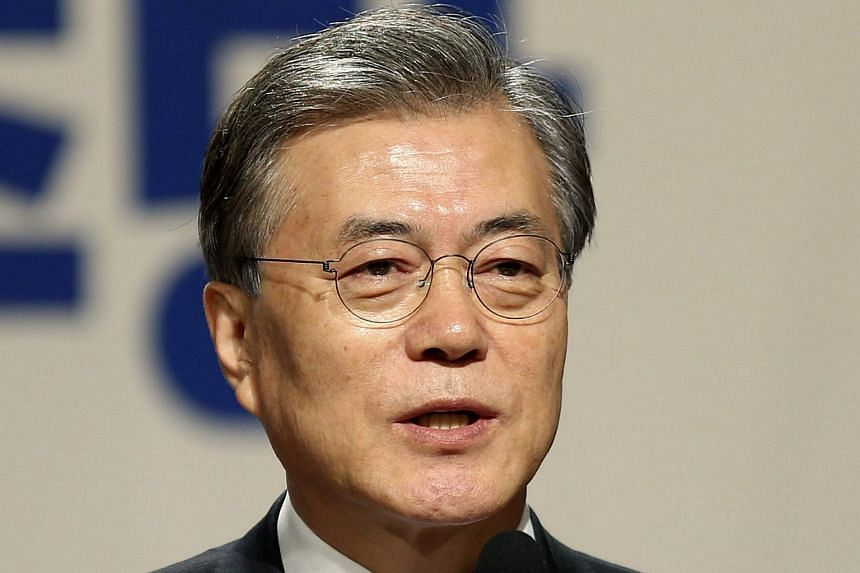 The leader of South Korea's main opposition party Moon Jae In holds a news conference in Seoul on Jan 19, 2016.