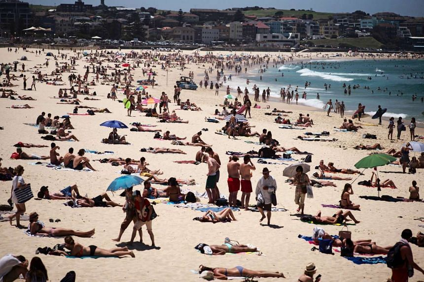 People gather at Sydney's Bondi Beach during a heatwave that hit Australia's largest city in November 2015.