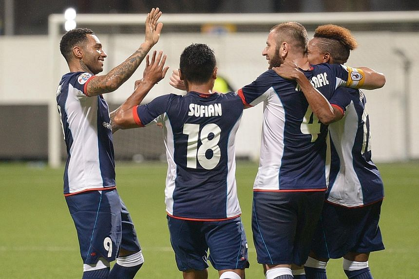 S-League side Tampines Rovers beat Johor Darul Takzim II 1-0 in front of a crowd of 1,500 at the Jalan Besar Stadium last night. New signing Jermaine Pennant (left) came on in the 67th minute and made the difference in what was a dull affair riddled