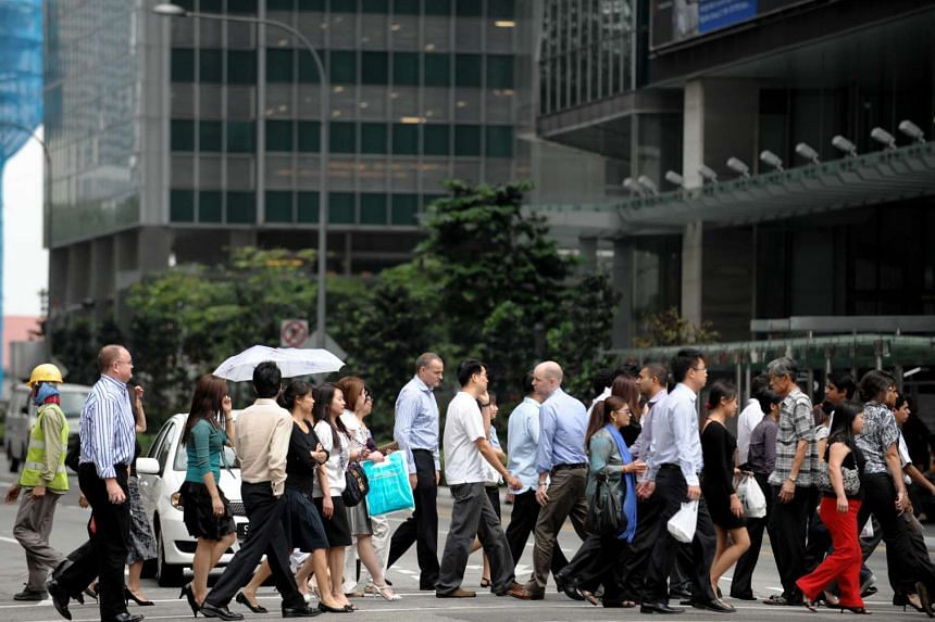 A survey shows Singapore's small businesses are growing despite a lack of confidence in the economy.