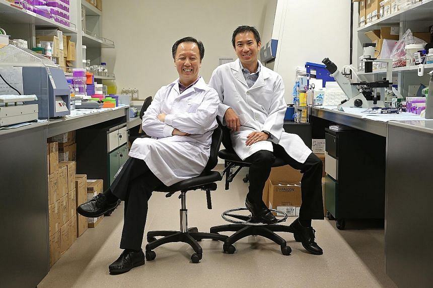 Associate Professors Lim (left) and Loo are working on a pill containing the cocktail of drugs used to treat Parkinson's disease which can release the medication slowly over a 24-hour period.