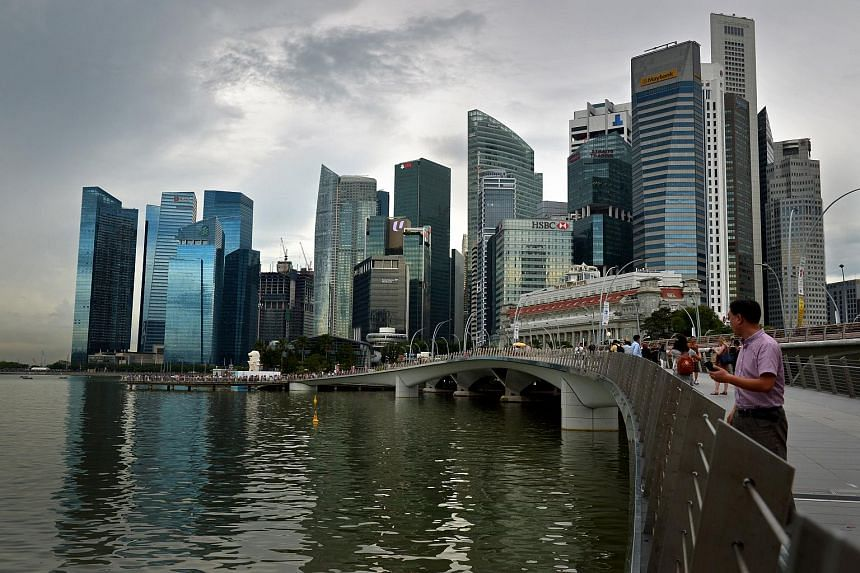 Skyline of Singapore showing the Marina Bay Financial district and the Central Business district.