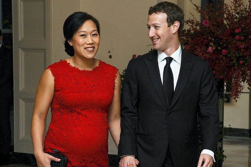 Facebook CEO Mark Zuckerberg and wife Priscilla Chan arriving for a White House state dinner on Sept 25, 2015.