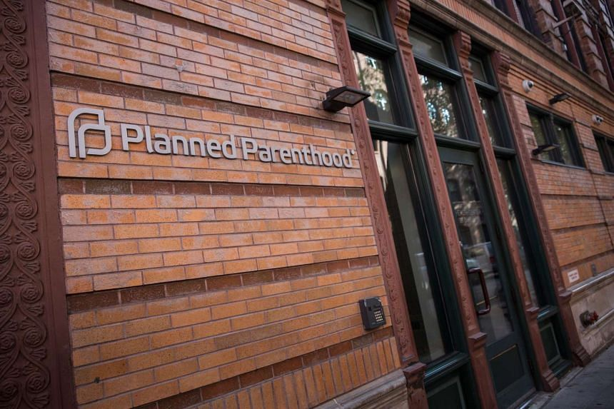 A Texas grand jury cleared Planned Parenthood of wrongdoing and indicted two anti-abortion activists who allege the abortion provider sold organs of aborted foetuses.