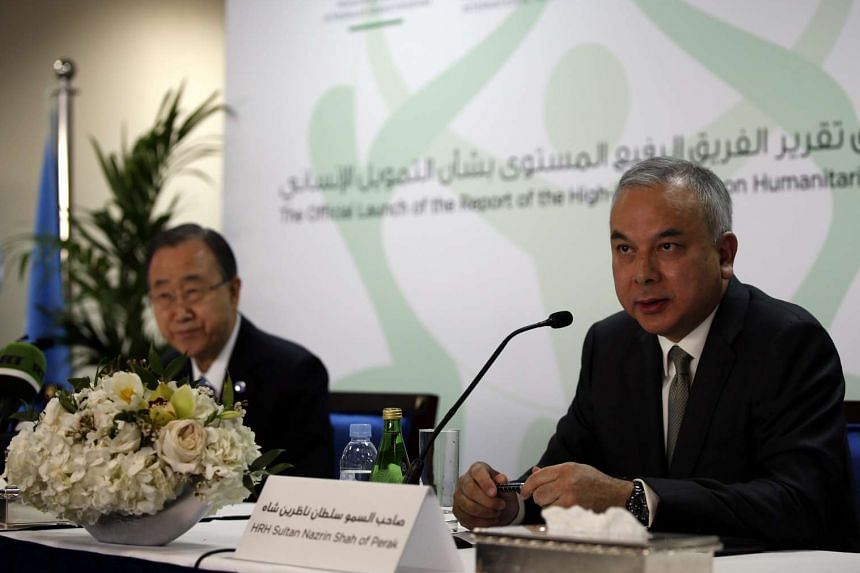 Secretary-General of United Nations Ban Ki Moon (left) listens to Perak Sultan Nazrin Shah during a press conference.