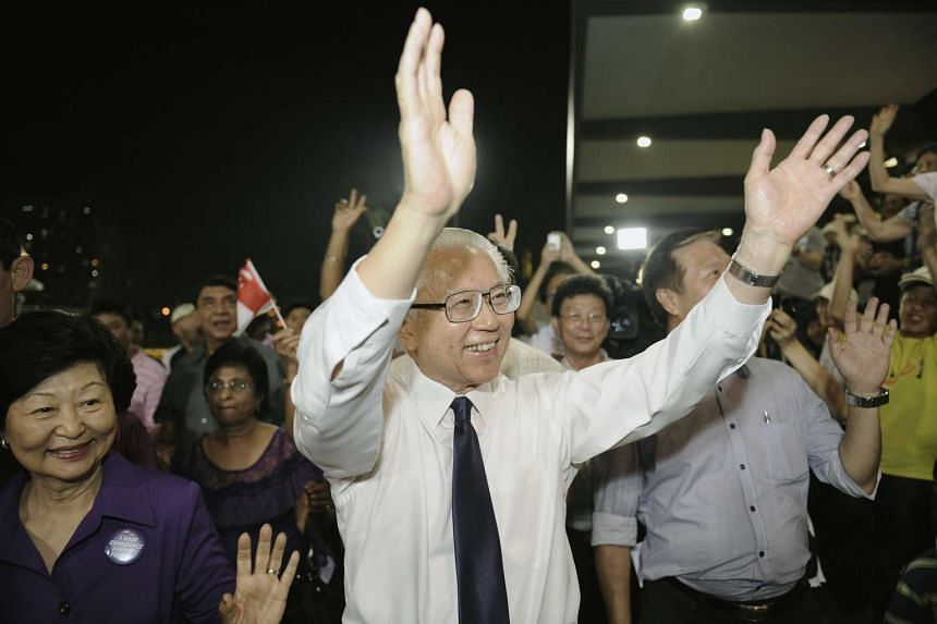 Dr Tony Tan Keng Yam greeting supporters on Aug 27, 2011, prior to emerging victorious in the presidential election.