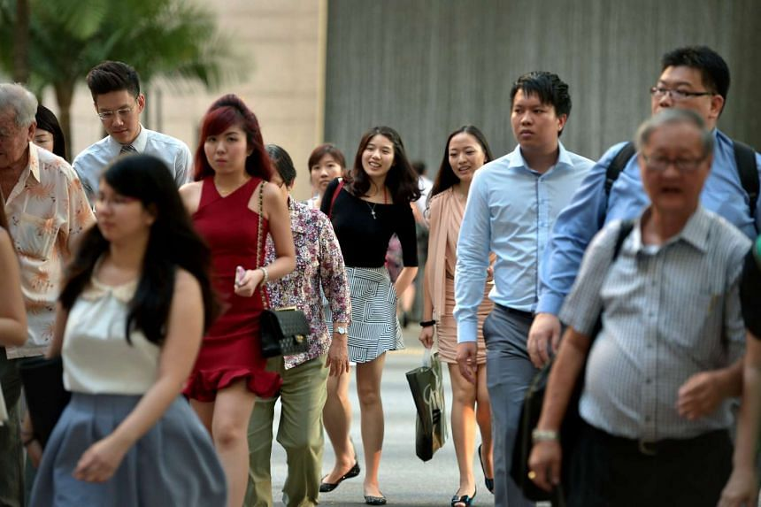 Singapore saw local employment grow at its slowest pace last year since 1998.