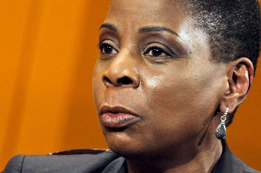 Xerox Chief Executive Ursula Burns said that Carl  Icahn had nothing to do with the initiation of the split.