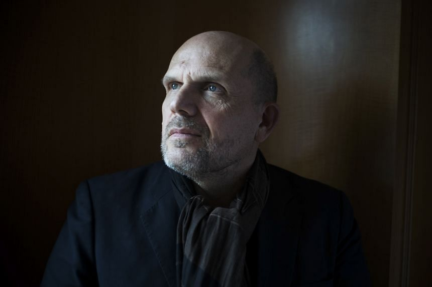 Conductor Jaap van Zweden will guide the orchestra through the renovation of its hall and two seasons without a home.