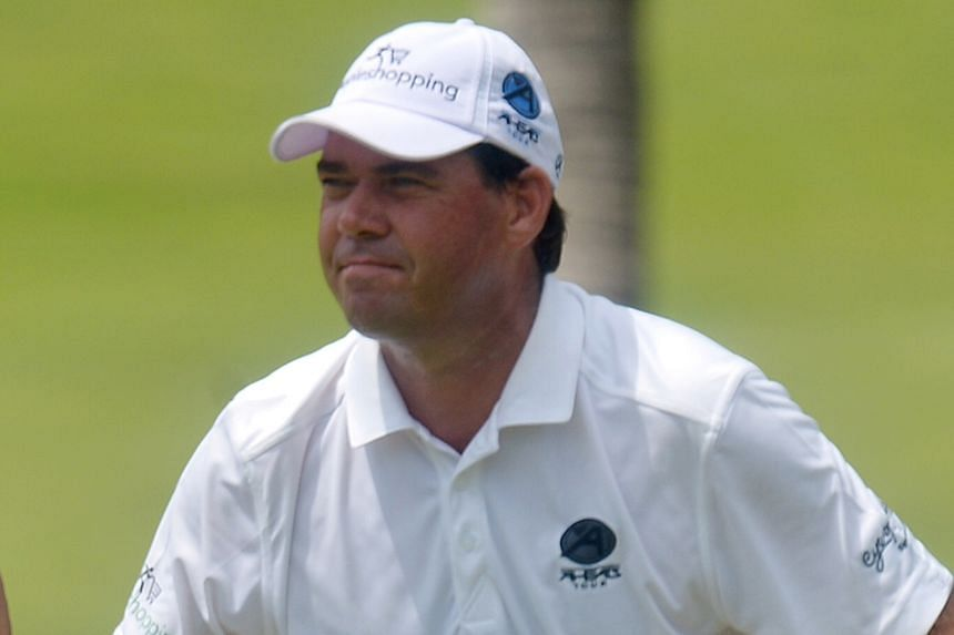 South African Keith Horne (above) leads the SMBC Singapore Open leaderboard, ahead of crowd favourite Jordan Spieth.